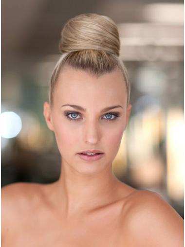 Stil Blonde Chignon / Kauz