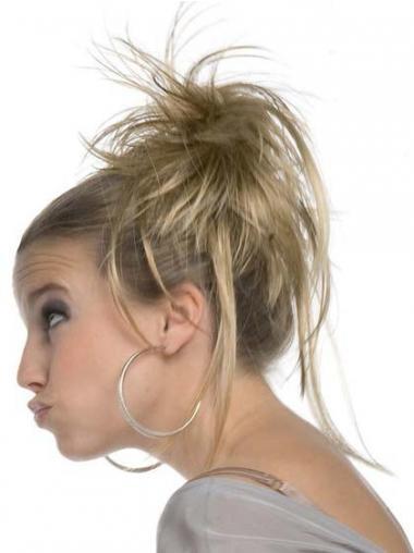 Haarschnitt Blonde Chignon / Kauz