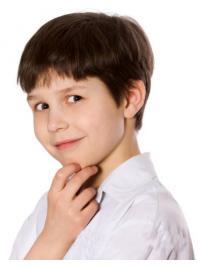 Hochwertige Kurzen Braunen Kinder Perücken