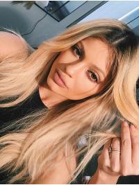 Kylie Jenners Lange Gewellte Blonde Bequeme Perücken